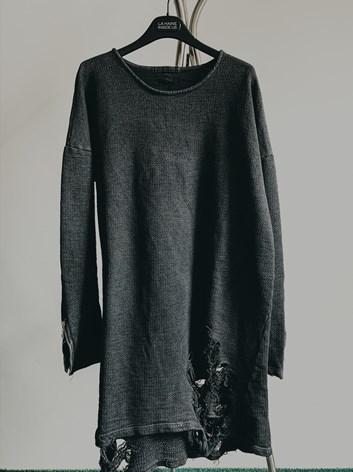 Unisex prodloužené tričko - potrhaný vzhled