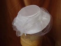 Svatební klobouček na čelence č.6487