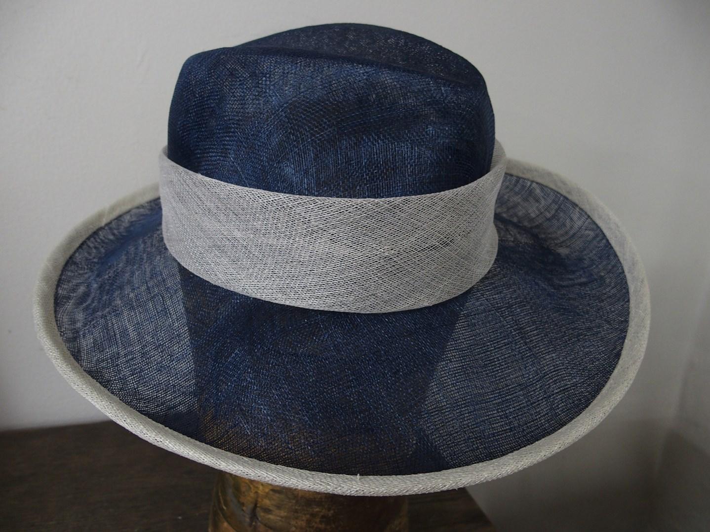 Letní klobouk ze sisalové sítě č. 7245