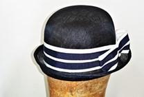 Modrý sisalový klobouček