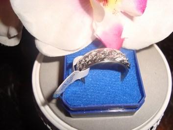 NOVÝ prsten, prstýnek, materiál titan s řetízkem