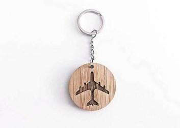 Přívěšek klíčenka dřevo malá CB PAP