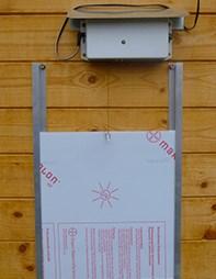 ADK104 - KOMPLET Automatický naviják s šoupacímí dvířky a solárním panelem