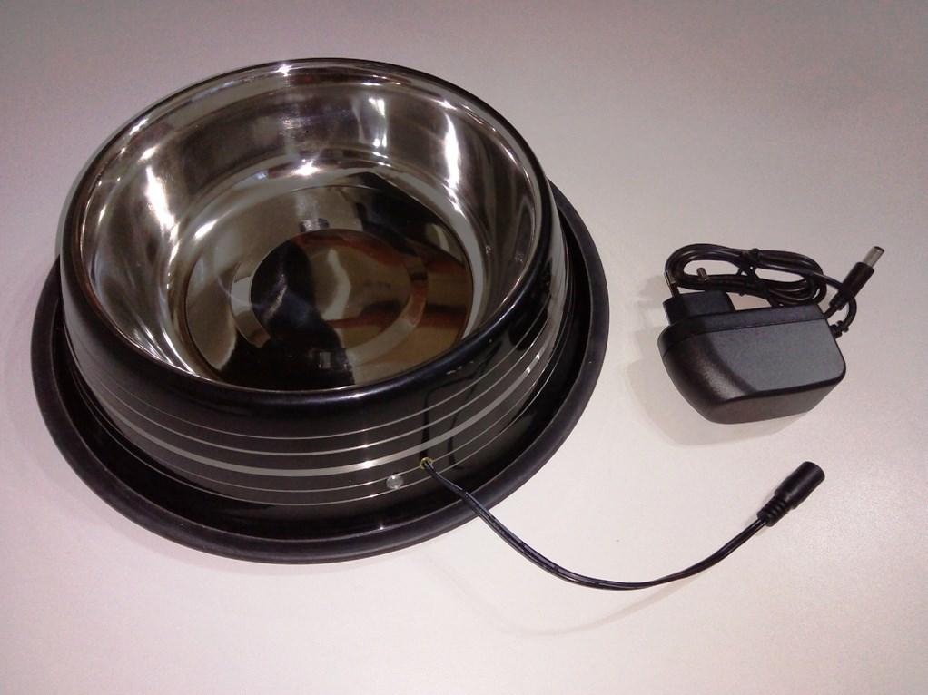 VNZ304 Vyhřívaná miska pro psa - velká 20W 2,6 L nerez