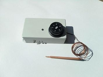 ADK105 Automatický naviják pro ventilaci skleníku, rozsah 0 - 40°C
