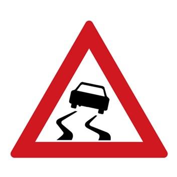 Dopravní značka A8 - Nebezpečí smyku