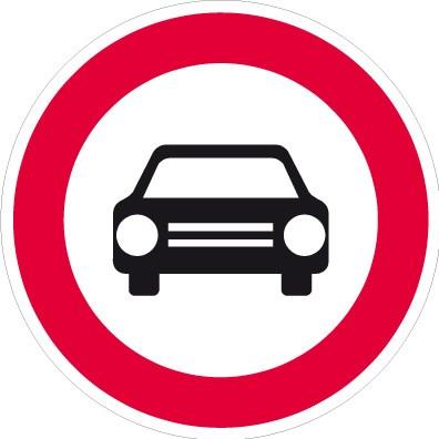 Zákaz vjezdu všech motorových vozidel s výjimkou motocyklů bez postranního vozíku