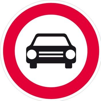Dopravní značka B3 - Zákaz vjezdu všech motorových vozidel s výjimkou motocyklů bez postranního vozíku