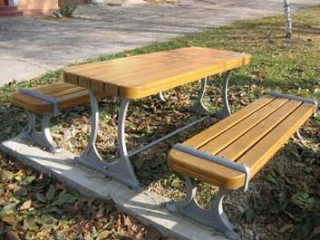 Zahradní stůl Tom