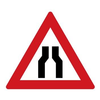 Dopravní značka A6a - Zúžená vozovka (z obou stran)