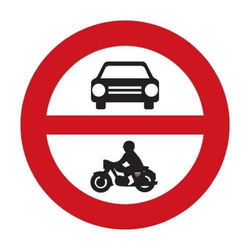 Dopravní značka - Zákaz vjezdu všech motorových vozidel