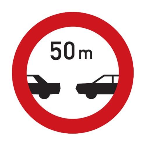Dopravní značka - Nejmenší vzdálenost mezi vozidly