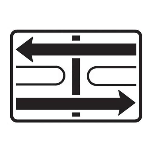 Dopravní značka -Dodatková tabulka - Tvar křižovatky, E2c, 500 x 700mm