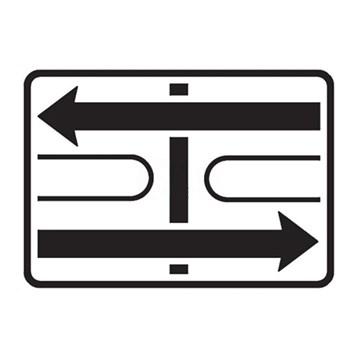 Dopravní značka E2c - Tvar křižovatky