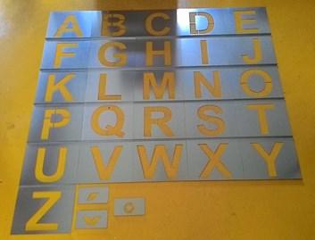 Kovové šablony písmen, 200mm