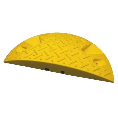 Zpomalovací práh koncový, 420 x 210 x 50 mm žlutý, přejezdová rychlost max. 20 km/hod.