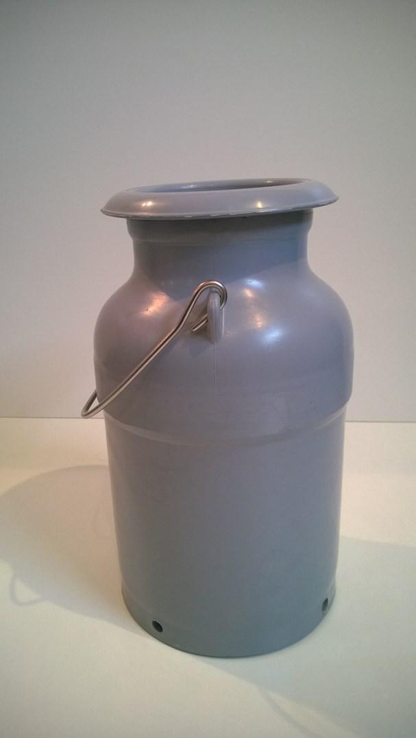 Konev na mléko , plastová 5 L