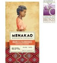 Čokoláda Menakao hořká 63% s pomerančem a brusinkami
