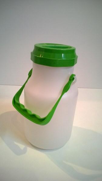 Konev na mléko - kulatá, plastová 2 L