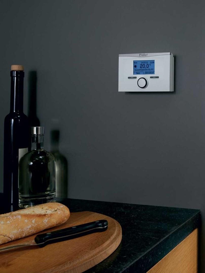 bezdrátový prostorový termostat Vaillant calorMATIC 370  F