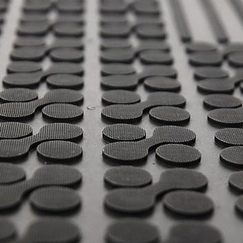 Gumové koberce se zvýšeným okrajem 25 mm