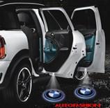 Svítící LED logo projektor BMW ze dveří na silnici, sada 2 ks