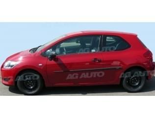 Ochranné boční lišty na dveře, Toyota Auris, 2007->, 3 dveř.