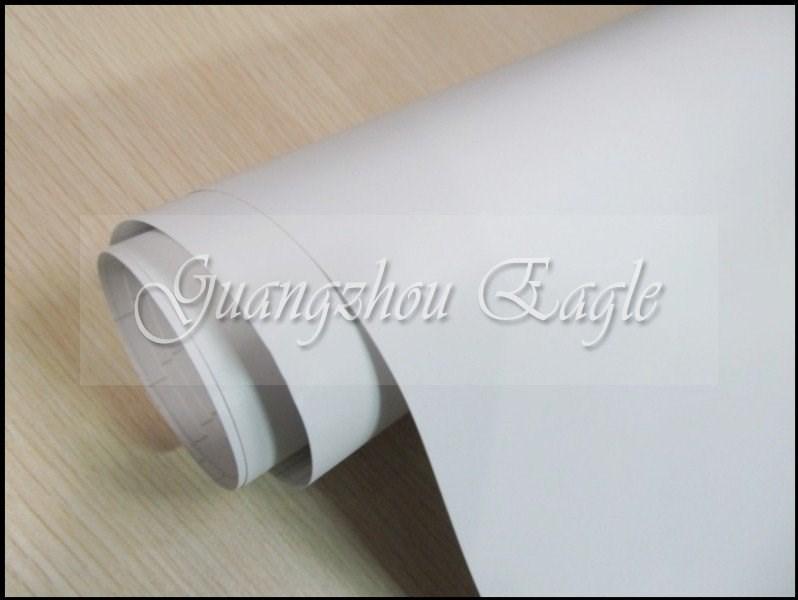 Bílá fólie matná samolepicí 150x180cm velká plastická