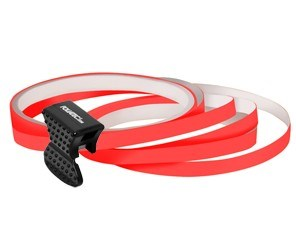 Samolepící proužky na obvod kola Foliatec - neonová červená