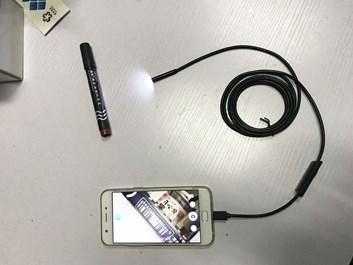 USB endoskop mini kamera se světlem na kabelu úzká, délka kabelu cca 2 metry