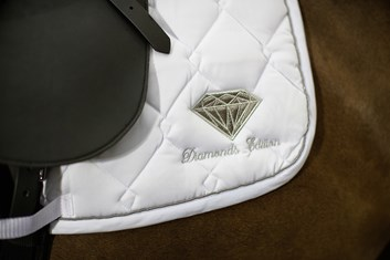Podsedlová dečka Diamonds