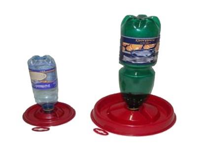 Napájecí talíř na PET lahve