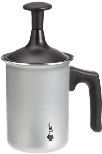 Manuální napěňovač mléka