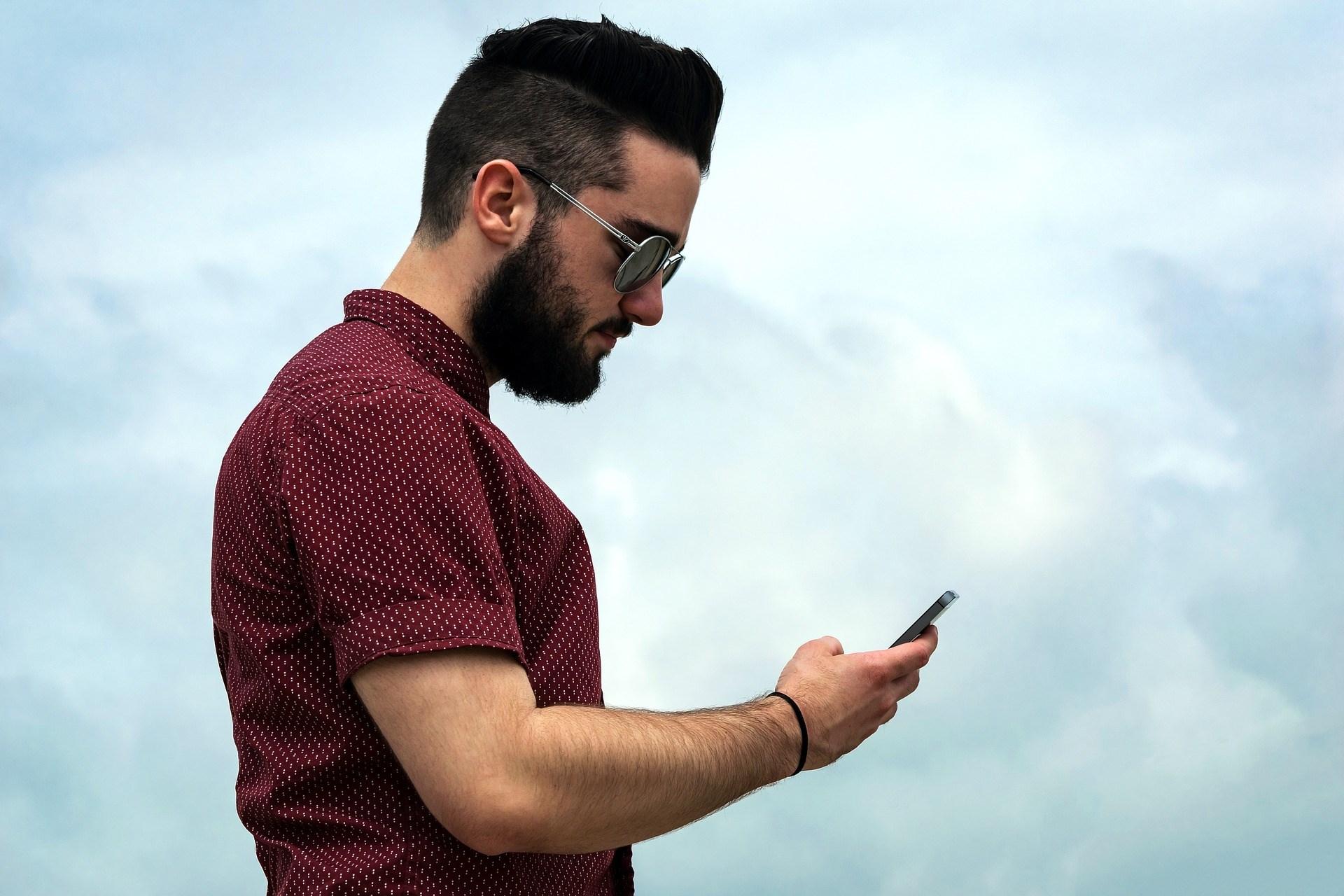 typing guy.jpg
