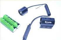 zbraňový adaptér a tlakový spínač pro led svítilnu