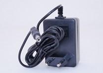 Adapter pro nabíjení dětských elektrických vozítek 12V/1500mA