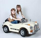 Luxusní sportovní retro auto  s 2,4G dálkovým ovladačem