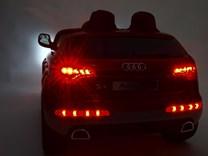 Dětské elektrické autíčko Audi Q7 s 2,4G DO a čalouněnou sedačkou a odpruženou nápravou - HLQ7 2,4G. Bílá