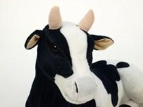 Plyšová kráva ležící