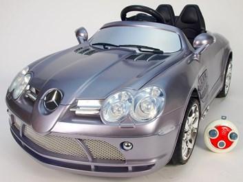 Dětské el.autíčko Mercedes-Benz Licenční + ZDARMA náhradní díly stříbrná2