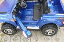 Licenční džíp Ford Ranger LUX s DO