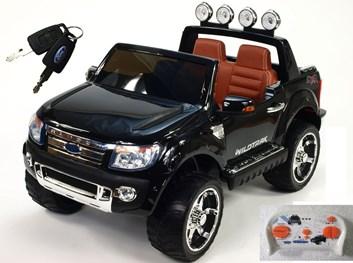 Licenční džíp Ford Ranger LUX s DO černá lakovaná