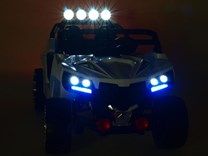 Dvoumístná  buggy  Cool sport 4x4, náhon 4 EVA kol, s 2.4G DO, USB, TF, Mp3, čalouněnou sedačkou 54cm, nádherným LED osvětlením KL2988.white