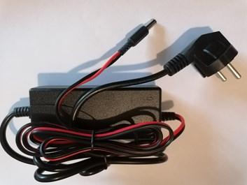 Adapter pro nabíjení dětských elektrických vozítek 24 V/800mAh  s Jackem a kontrolkou