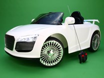Luxurycar 2.JPG