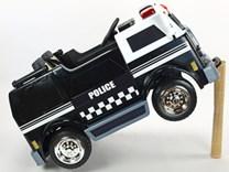 Dětské elektrické autíčko , dvoumístný policejní vůz 4x4 s 2,4G dálkovým ovladačem