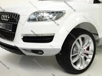 Dětské el. autíčko licenční Audi Q7