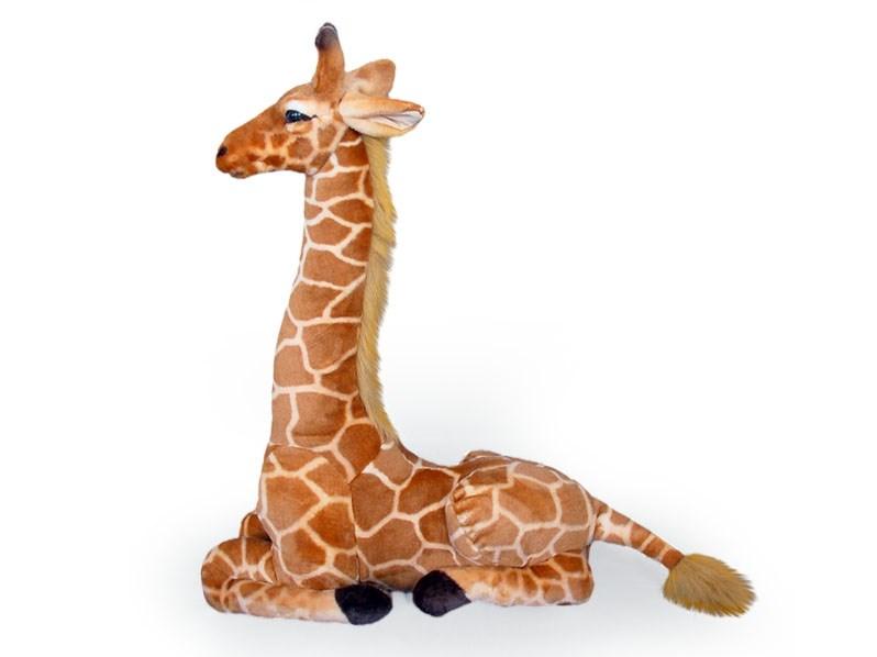 Plyšová žirafa ležící