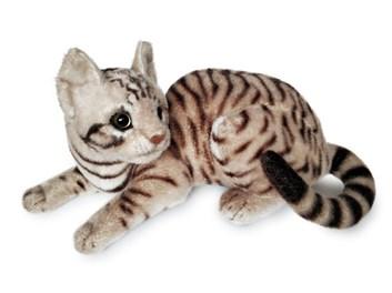 Plyšová ležící  kočka tygří hnědošedá