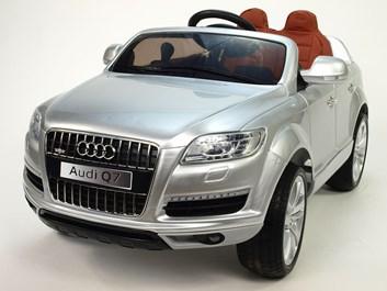 Dětské elektrické autíčko Audi Q7 s 2,4G DO a čalouněnou sedačkou a odpruženou nápravou stříbrná